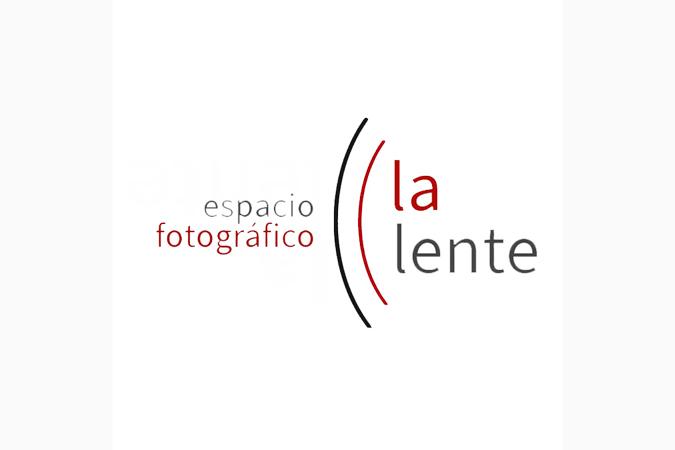la lente logo espacio fotográfico la Lente